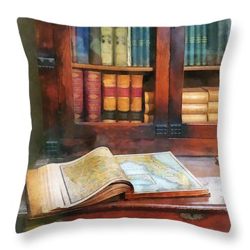 Teacher - Geography Book Throw Pillow