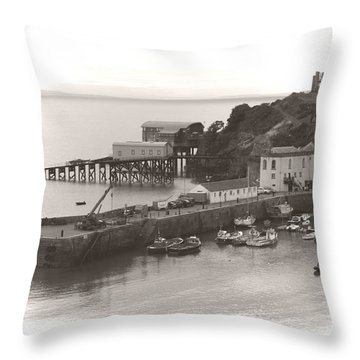 Tenby Harbour And Castle Hill Vignette Throw Pillow