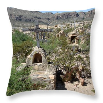 Throw Pillow featuring the photograph Terlingua by Linda Cox