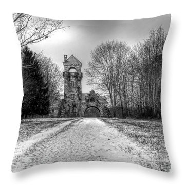 Testimonial Gateway Tower Throw Pillow