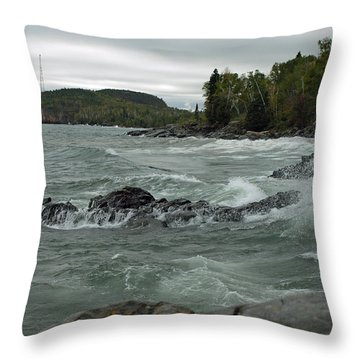 Tettegouche State Park Throw Pillow by James Peterson