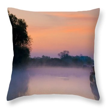 River Thames At Dawn  Throw Pillow