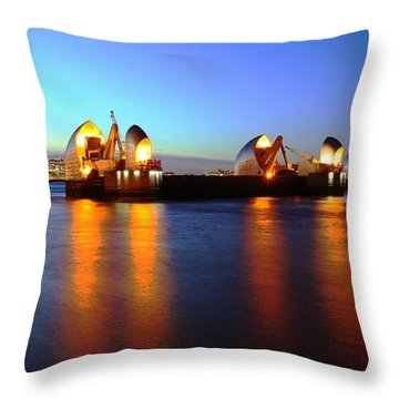 Throw Pillow featuring the photograph London Thames River by Mariusz Czajkowski