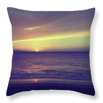 That Peaceful Feeling Throw Pillow