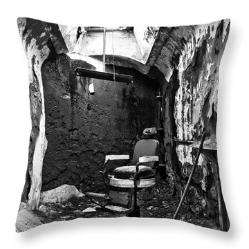 The Barber Chair - Bw Throw Pillow