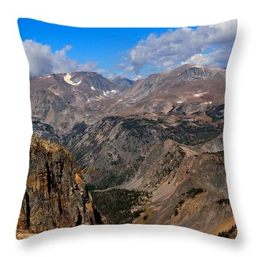 The Beartooth Mountains Throw Pillow