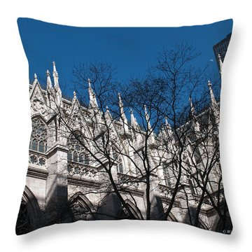 The Cathedral Of St. Patrick - New York Throw Pillow