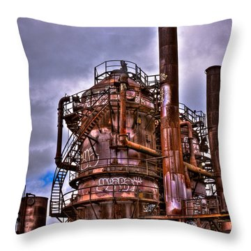 The Compressor Building At Gasworks Park - Seattle Washington Throw Pillow by David Patterson