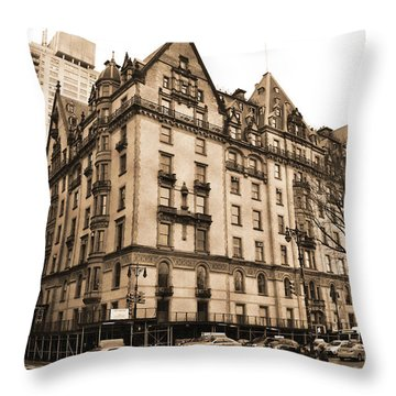 The Dakota Vintage Look Throw Pillow
