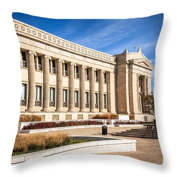 The Field Museum In Chicago Throw Pillow by Paul Velgos