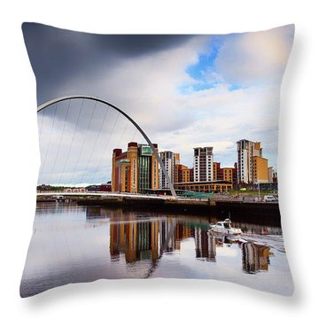 The Gateshead Millennium Bridge Throw Pillow