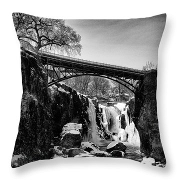 The Great Falls Of Paterson In Black And White Throw Pillow