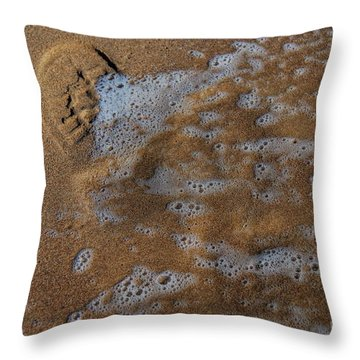 Throw Pillow featuring the photograph The Invisible Life by Erhan OZBIYIK