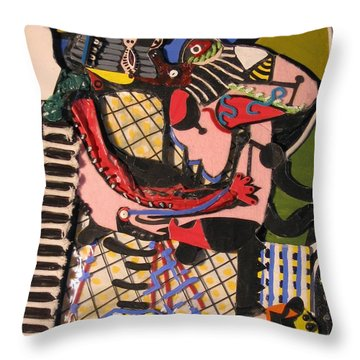 The Kiss Aka The Embrace After Picasso 1925 Throw Pillow