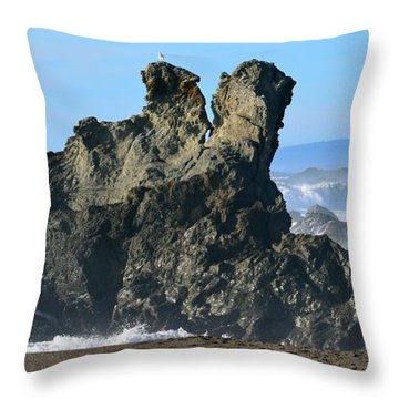 The Kissing Rocks Throw Pillow