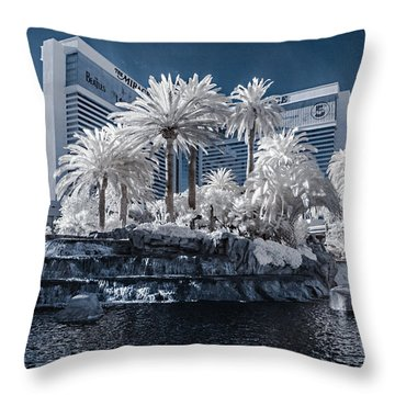 The Mirage In Infrared 2 Throw Pillow