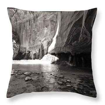 The Narrows Iv Throw Pillow