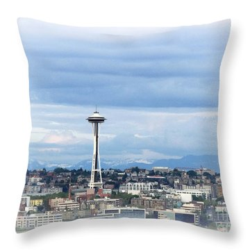 The Needle In Seattle Wa Throw Pillow