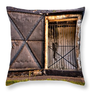 The Old Fort Gate-color Throw Pillow