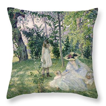 Picnic Basket Throw Pillows