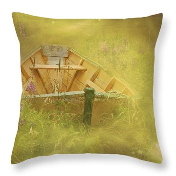 The Sea Of Dreams... Throw Pillow