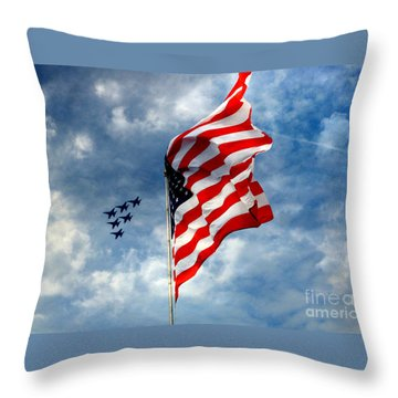 The Star Spangled Banner Yet Waves Throw Pillow