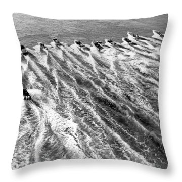 The Start Of The 160 Mile Miami To Nassau Powerboat Race Throw Pillow