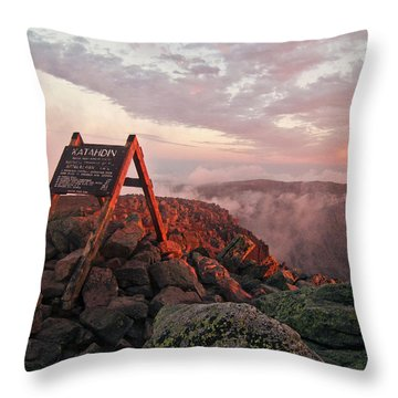 The Summit Sign On Maines Mount Throw Pillow