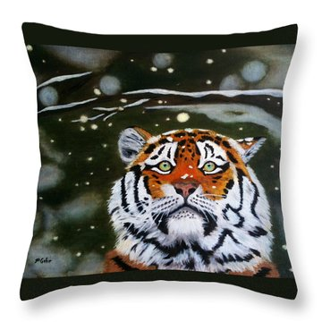 The Tiger In Winter Throw Pillow