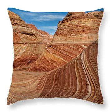 The  Wave Throw Pillow by Jerry Fornarotto