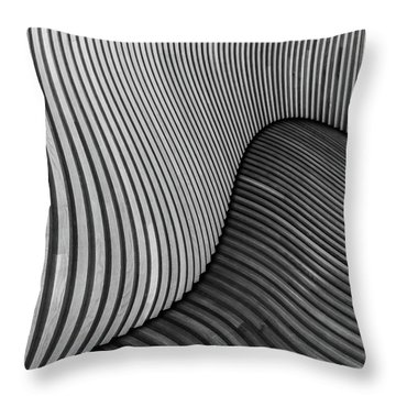 Curved Throw Pillows