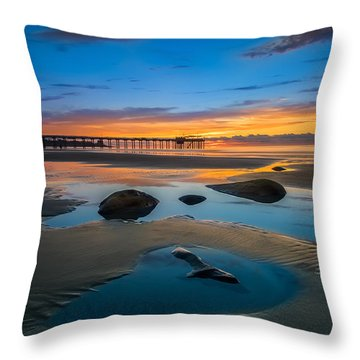 Tide Pool Reflections At Scripps Pier Throw Pillow