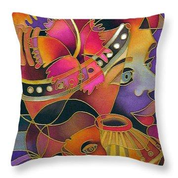 Tinana II - Strength Of A Woman Throw Pillow