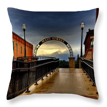 To Main Street Waupaca Throw Pillow