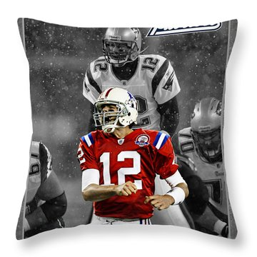 Tom Brady Patriots Throw Pillow