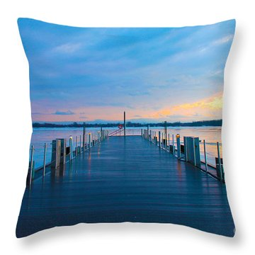 Toronto Pier During A Winter Sunset Throw Pillow
