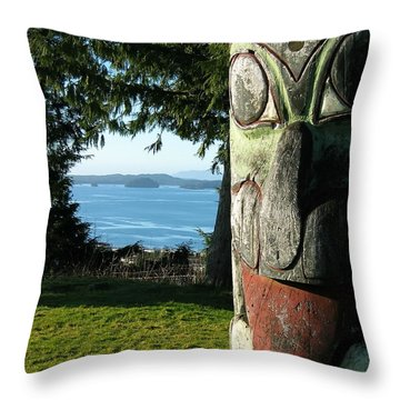 Totem With View Throw Pillow