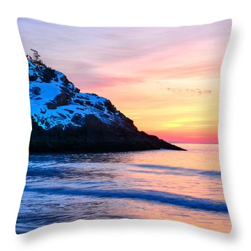 Touch Of Snow Singing Beach Throw Pillow
