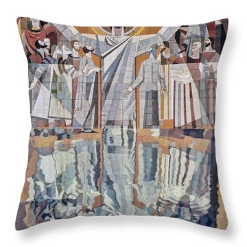 Touchdown Jesus Throw Pillow