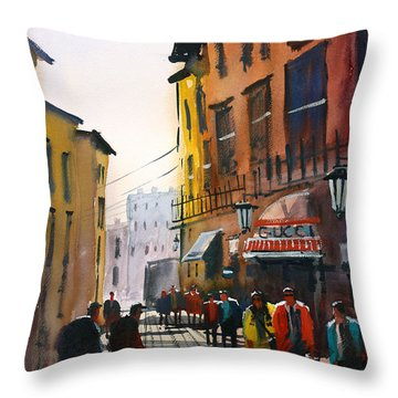 Tourists In Italy Throw Pillow