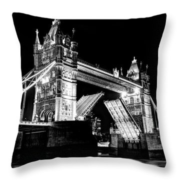 Tower Bridge Opening Throw Pillow