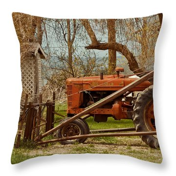Tractor On Us 285 Throw Pillow