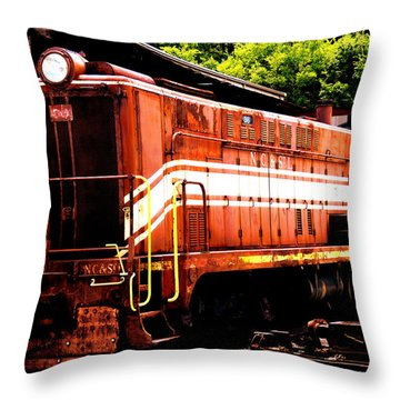 Train Engine Nc Sl  Throw Pillow by Mark Moore