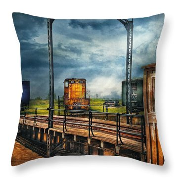 Train - Yard - On The Turntable Throw Pillow by Mike Savad