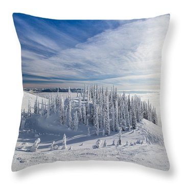 Tranquil Island Throw Pillow