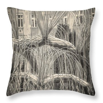 Tree Of Life Dohany Street Synagogue Throw Pillow