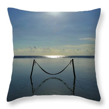 Tres Luces Throw Pillow