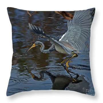Tricolor  Hunting Throw Pillow