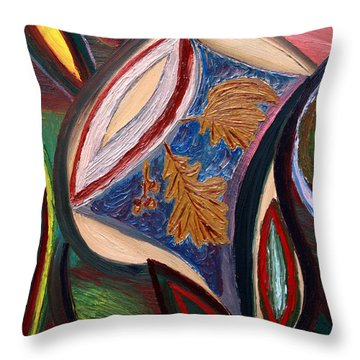 Trinkt Le Chaim Throw Pillow