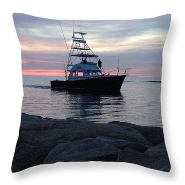 Twilight Return Throw Pillow